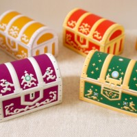 ヒスイの宝箱と紫の宝箱